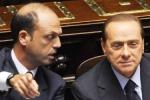 """Strappo di Alfano e Berlusconi avverte:""""Leali o farete la fine di Fini"""""""