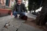 """Palermo, le toppe durano poco: strada """"rotta"""" dopo un mese"""