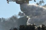 Grosso incendio a Gela: evacuate 70 famiglie