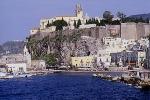 Museo chiuso nei festivi a Lipari: è polemica