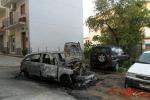 Cerda, attentato al sindaco: incendiate due auto