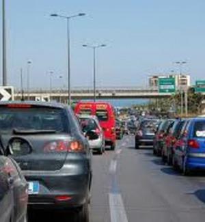 Maxi-tamponamento in autostrada a Capaci, traffico paralizzato