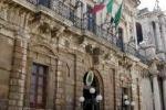 Comune, Sgarlata: giunta e Consiglio difendono i privilegi