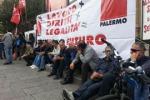 Corteo a Palermo: in 400 tra operai, studenti e insegnanti