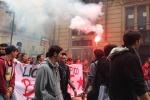 Reddito garantito, protesta a Palazzo d'Orleans di studenti e precari: traffico in tilt