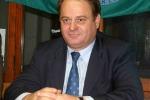 """Pd, niente mozione di sfiducia a Lombardo ma """"diffida"""" su nomine"""