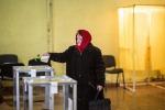 """""""Aderire a Mosca per sancire la secessione da Kiev"""", via al referendum in Crimea"""