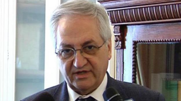 aiccre, Nino D'Asero, Catania, Politica