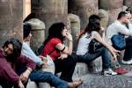 Istat, sono 700 mila i giovani senza lavoro Disoccupazione record dal 1977
