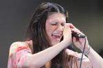 Elisa torna sul palco e incanta Rimini