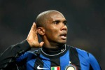 Eto'o regala la vetta all'Inter