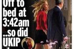 Farage mano nella mano con una bionda: notte brava per l'uomo politico britannico del momento