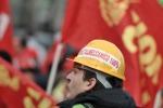 Fiat, gli operai: l'accordo è il male minore
