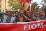 Fincantieri, sit-in degli operai davanti alla fabbrica di Palermo
