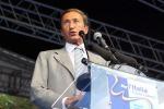 """Fini: """"Dimissioni Berlusconi e nuovo governo"""""""