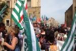 Formazione, protesta a Palermo: centinaia di lavoratori in piazza