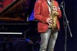 """Cafiso festeggia i suoi 25 anni all'anteprima del """"Vittoria Jazz Festival"""""""