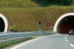 Gallerie al buio, la Polstrada: segnaliamo rischi e manutenzione da fare