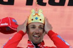 Giro, Garzelli domina la cronoscalata