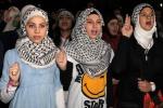 Gaza, ancora raid israeliani nella notte: le vittime sono 205