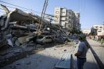 Nuovi raid sulla striscia di Gaza: sterminata famiglia con 4 donne