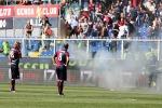 """Genoa, giocatori """"sequestrati"""" dagli ultras"""