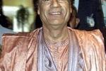 Portavoce di Gheddafi: sta bene e sta organizzando la difesa