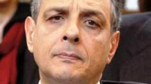 trasferimento procuratore siracusa, Francesco Paolo Giordano, Siracusa, Cronaca