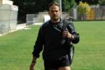 Si accascia dopo un malore: muore l'allenatore delle giovanili del Kamarat