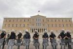 Grecia, nominato il governo provvisorio