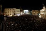 Oltre 10mila persone in piazza per Grillo