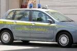 Siracusa, si fingeva finanziere per estorcere denaro: arrestato un ragusano