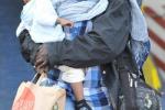 Immigrati, tre navi a Palermo come centro raccolta