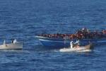Immigrazione, naufragio al largo della Libia: almeno 20 morti
