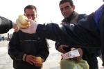 Lampedusa, la Regione offre una cucina campo
