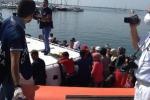 Siracusa, sbarcati altri 199 migranti