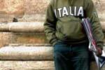 Lampedusa, riprendono i trasferimenti La situazione ritorna tranquilla