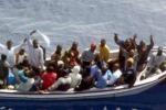 Siracusa, soccorso un barcone: a bordo una vittima
