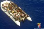 Porto Empedocle, in arrivo nave con 112 migranti