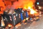 Adrano, discarica abusiva in fiamme C'è il rischio di un'emergenza sanitaria