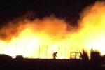 Inferno di fuoco a Cefalù, polemiche sui soccorsi