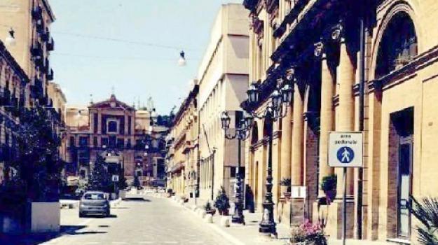 isola pedonale caltanissetta, Caltanissetta, Cronaca