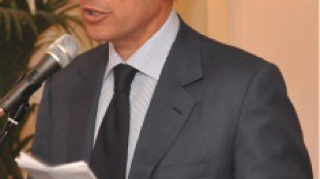Sicilia, Editoriali