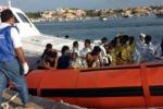 Lampedusa, soccorsi 150 migranti
