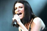 Tour mondiale di Laura Pausini: il 10 e l'11 maggio tappa a Taormina