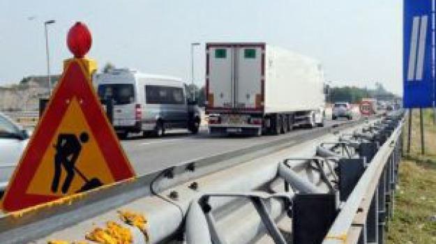 autostrade, cantieri, manutenzione verde pubblico, Caltanissetta, Catania, Messina, Siracusa, Economia
