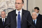 """""""Avanti col ricambio generazionale"""", l'invito di Berlusconi a Letta"""