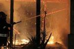 Agrigento, l'incendio al «Marakajbo» di San Leone: le indagini seguono la pista dolosa