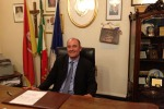 Nicosia, l'opposizione lancia la sfiducia al sindaco