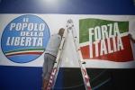 """Berlusconi dal palco di Roma: """"Sono innocente, vostro affetto mi ripaga dalle pene"""""""